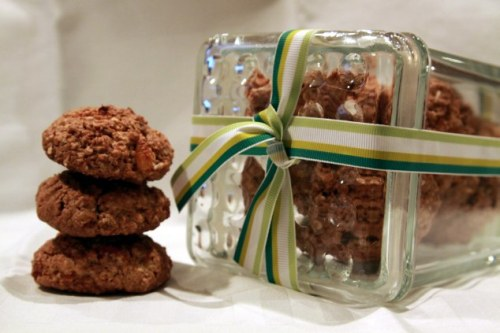 apricot maple oatmeal cookies